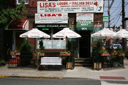 Lisa's Deli About Us